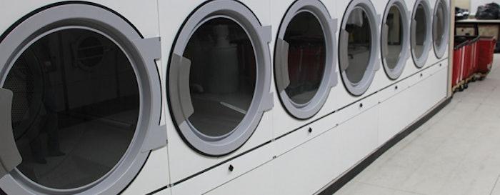 Laundry 715 Feat