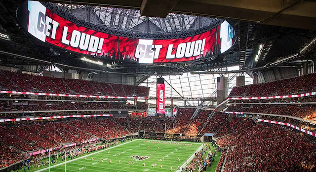 [Mercedes-Benz Stadium, image courtesy Daktronics]