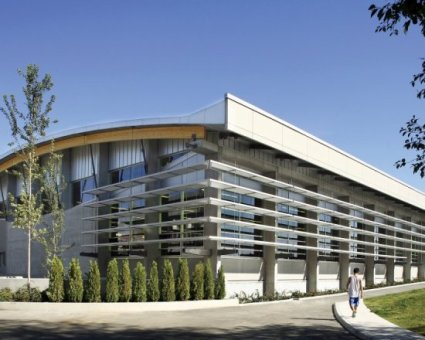Simon Fraser University Gymnasium - Expansion and Fitness Centre