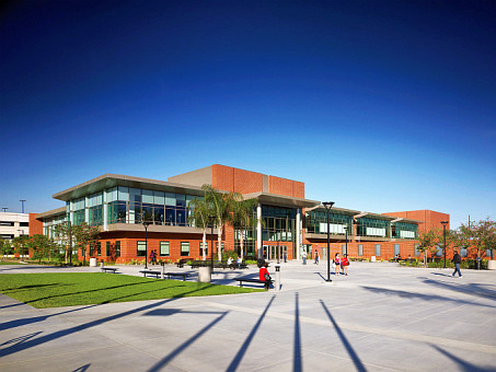 California State University, Long Beach, Student Recreation and Wellness Center