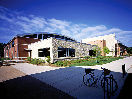 Barrington Park District Fitness and Recreation Center